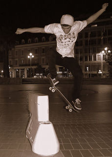 430px-Ollie_monster_by_Olivier_Bareau.jpg